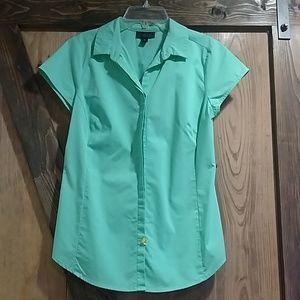 Mint Worthington Button Down Shirt Medium